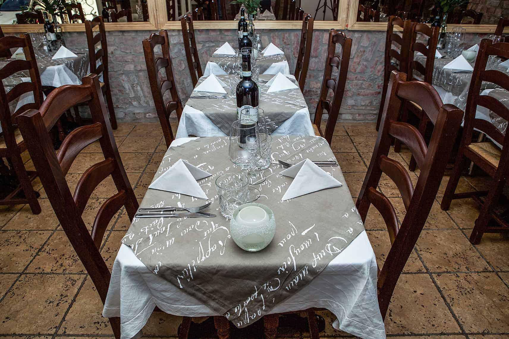 Bordsdukning på italiensk restaurang i Göteborg
